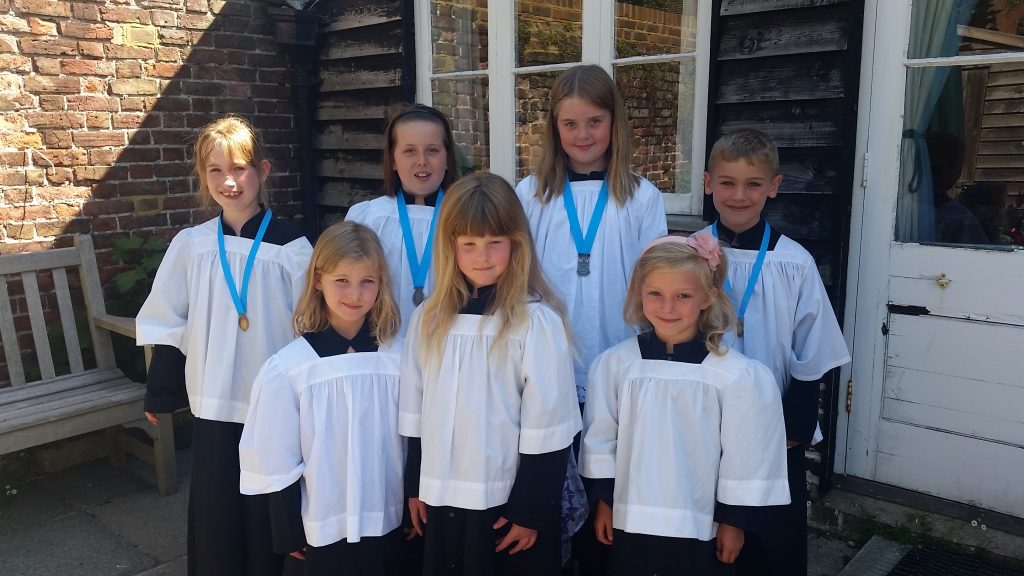 St Andrew's Deal, Junior choir-2